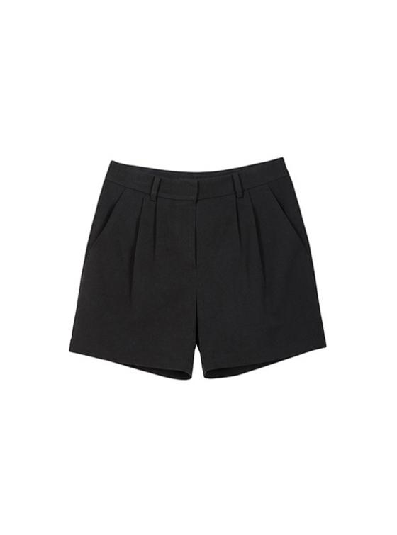 Black Pintuck Shorts in Black_VW9SL0110