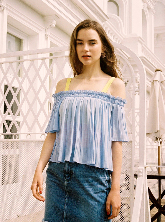 Off the Shoulder Pleated BL in S/Blue_VW9MB0900