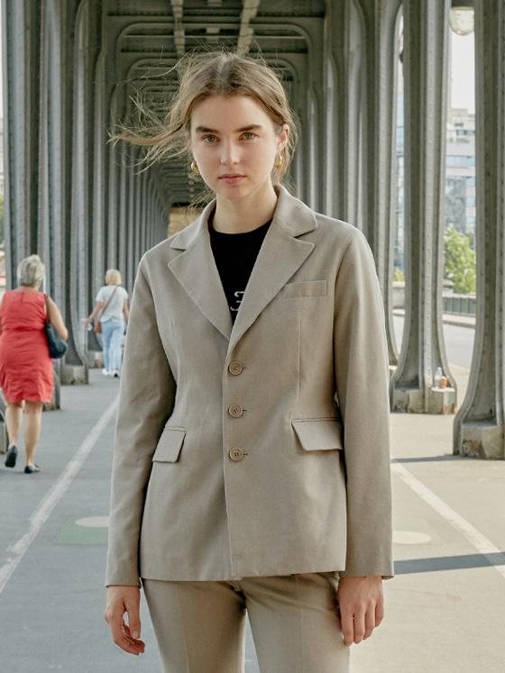 Single Jacket in Beige_VW8AJ0200